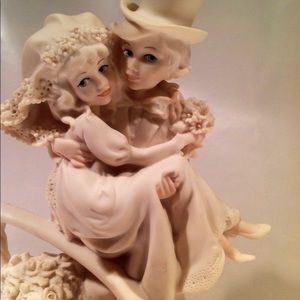 Vintage Collectable by Giuseppe Armani. 1988